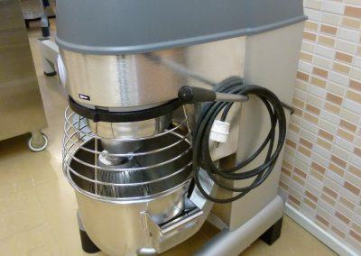 Yleiskone Electrolux XBE 20-litraa